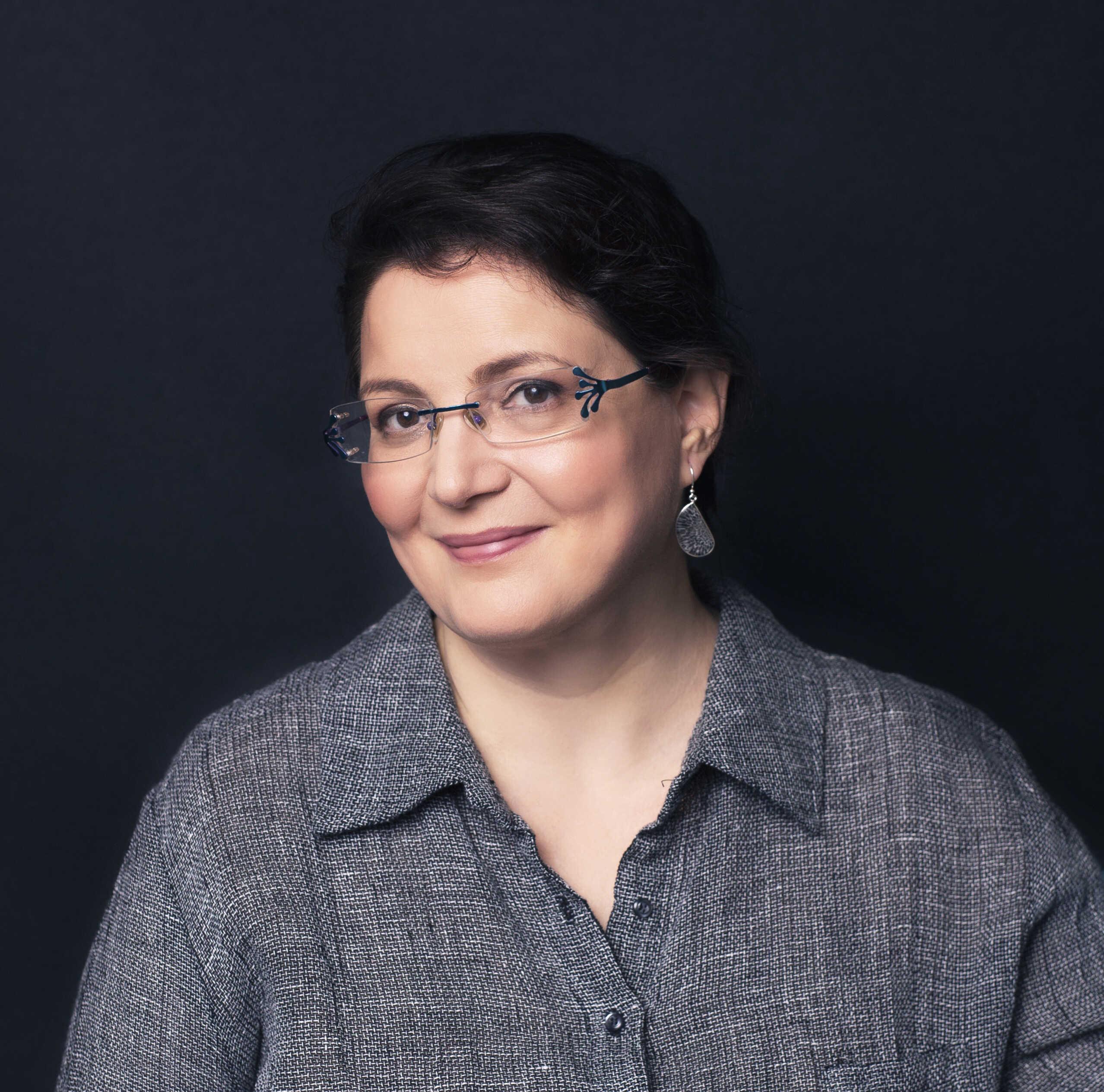 רונית ש' דינצמן | סופרת ומאיירת